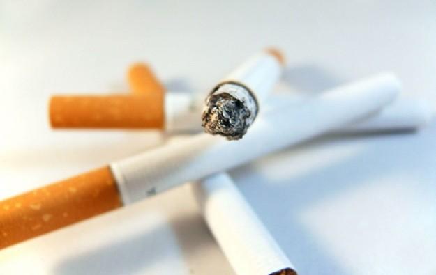 Nearly 400 fined as of end-Aug re Macau casino smoking