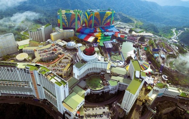 GEN Malaysia theme park area open during CNY: Maybank
