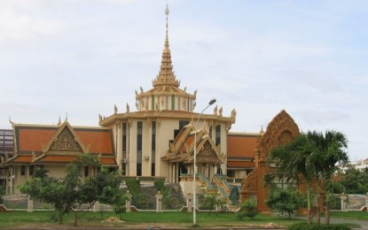 Cambodia cuts quarantine to 3 days for select jabbed visitors