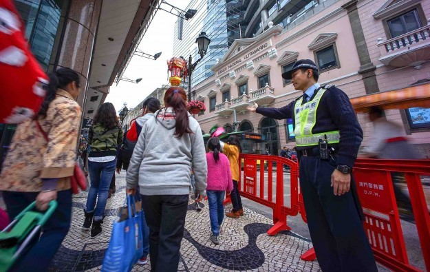 Macau tourist capacity estimated at 92k a day: study