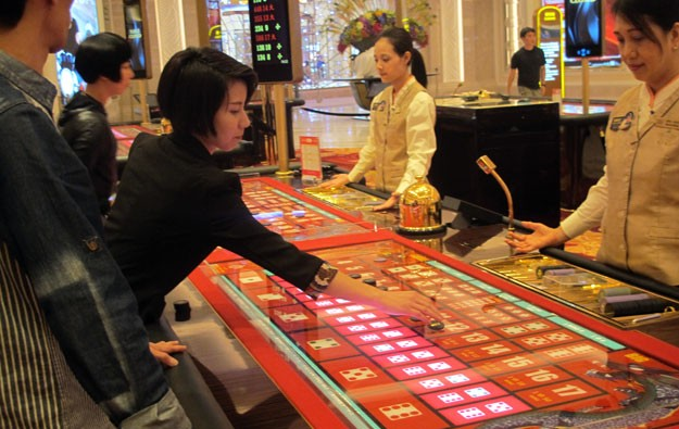 Macau gaming worker pay up 4.6 pct: govt data