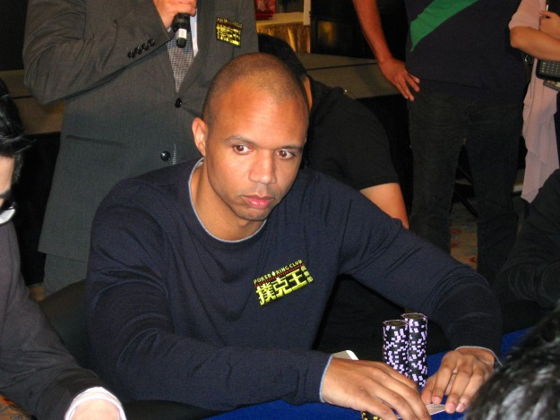 Phil Ivey launches Suncity poker room at Venetian Macao