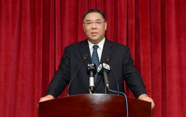 Macau not kneeling to casinos on smoking: Chief Executive