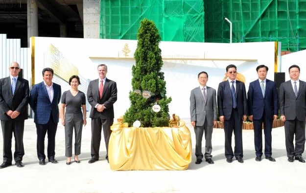 MGM China holds topping off ceremony for Cotai property