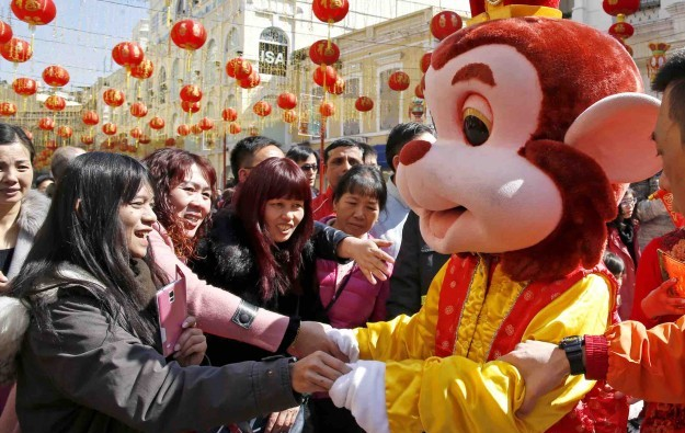 Macau welcomes 730,000 visitors in first five days CNY