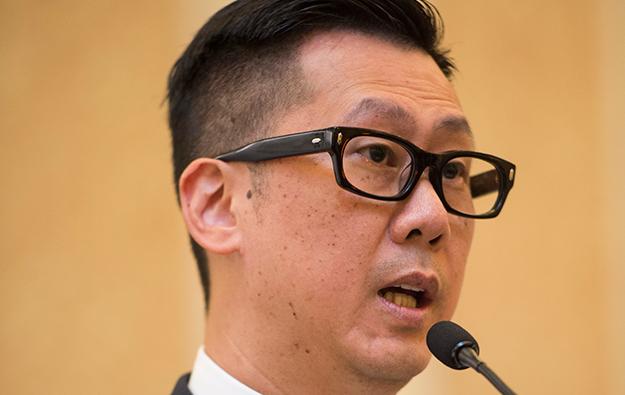 Macau regulator says Galaxy's Wynn share buy legal