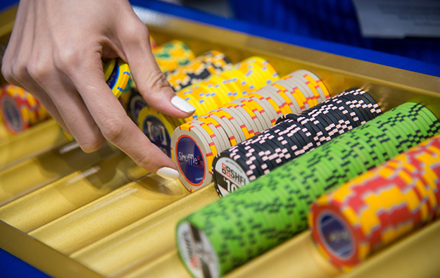 More Macau high-end mass tables in Aug: analysts