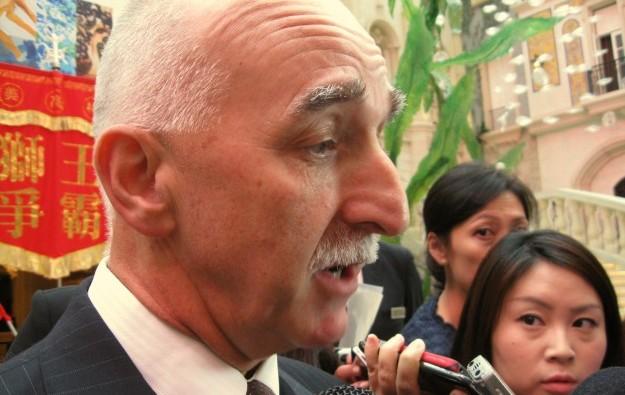 MGM China CEO downplays U.S.-China trade war jitters