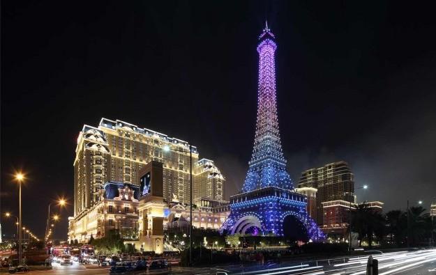 Tak Chun opens VIP club with 9 tables at Parisian Macao