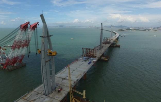 HK-Zhuhai-Macau Bridge year-end completion target