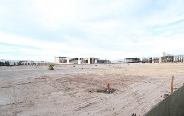 Crown seeks US$400 mln for Las Vegas land plot