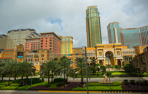 Three Sands China hotels on Cotai pause operations Friday