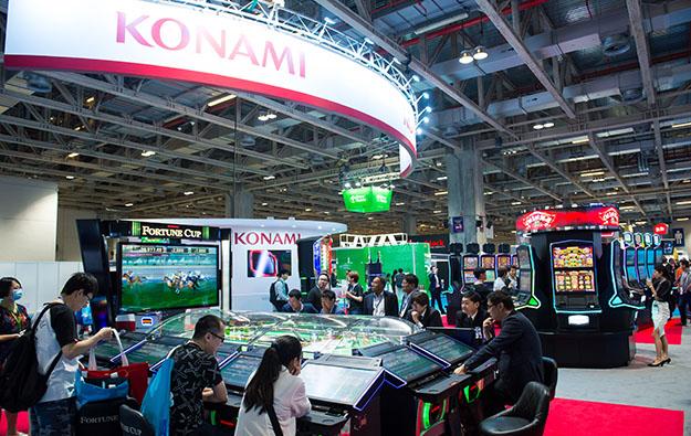 Konami gaming revenue down, firm lifts revenue forecast