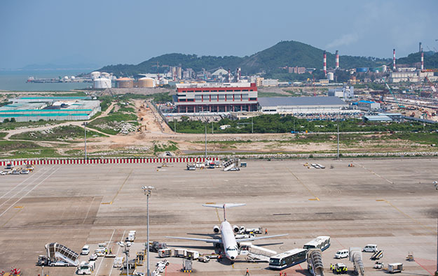 China eyes Greater Bay airport cluster by 2025: report