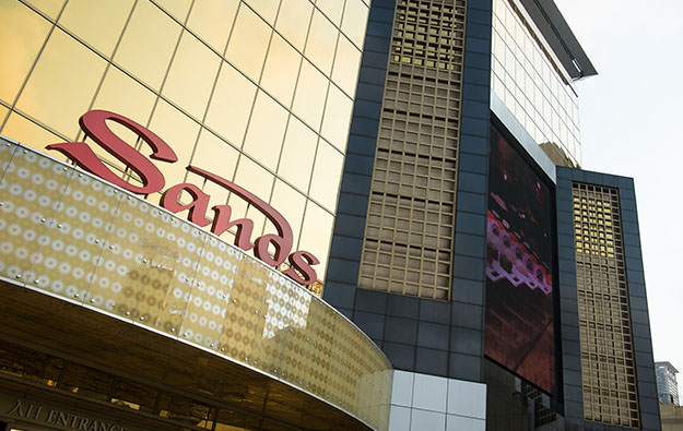 Las Vegas Sands appoints Chinese exec Xuan Yan to board