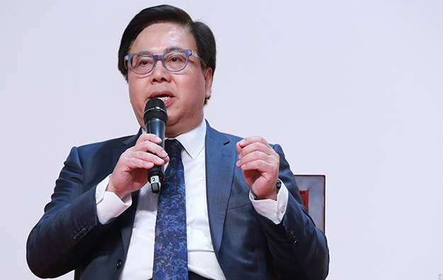 HK spike weighs for travel bubble to Macau, says Sands exec
