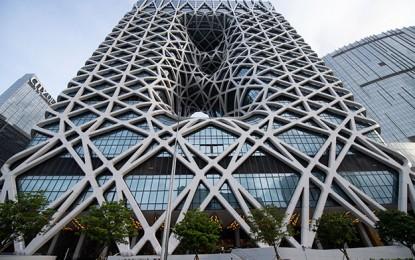 Melco Resorts 1Q net profit slides 25pct, revenue up 4pct