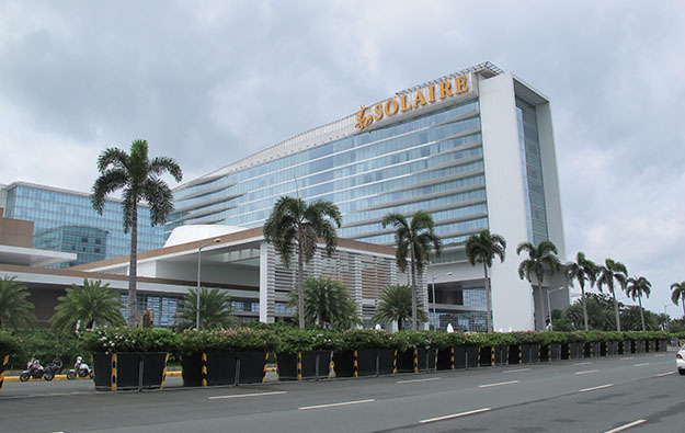 Manila casino says still shut, Level 4 lockdown to Oct 15