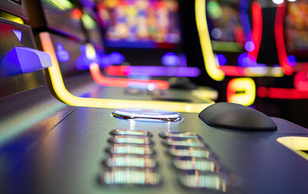 Casino suppliers tussle for less floor post virus: note