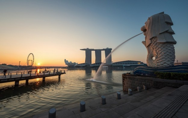 Singapore's 2Q tourist income down 1.3pct