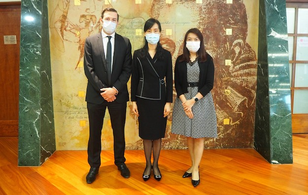 Aristocrat donates 50,000 face masks to Macau community