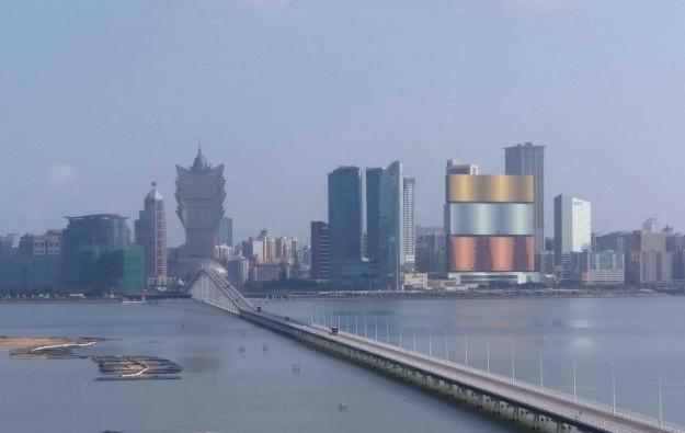 Macau April visitor tally at 11,000, down 99.7pct