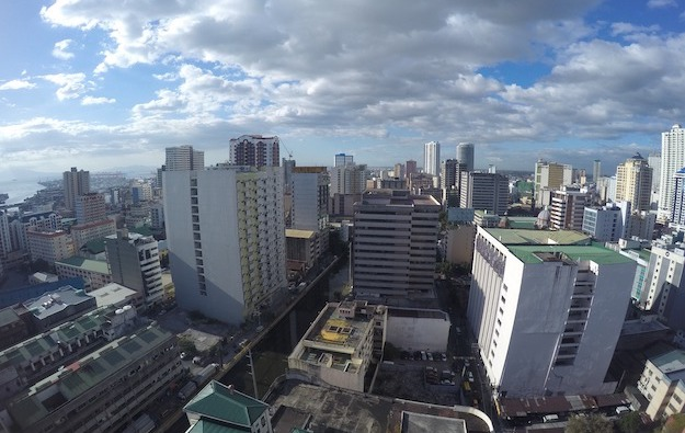 Lockdown for Metro Manila extended until April 11