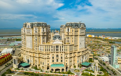 Grand Lisboa Palace opens at noon, all new tables mass play