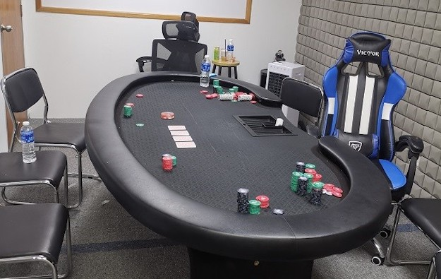 Singapore police arrest35people for illegal gambling