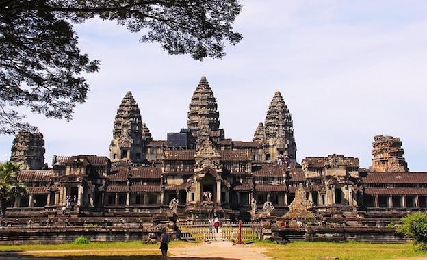 Cambodia ministry against NagaCorp Angkor Wat scheme