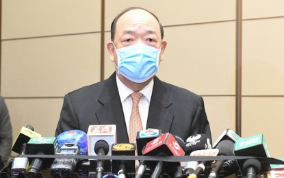 Macau govt leaves door open to casino concession extension