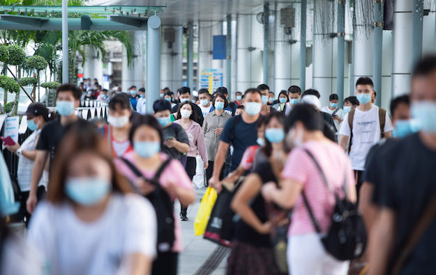 Zhuhaiaxesquarantine, travellers via Macauneed jabs