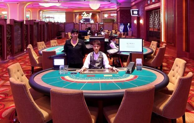 Poker dealer singapore