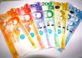 Casino op Travellers refinancing dollar bonds in peso loans