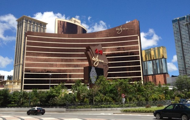 Wynn Macau reports 32 pct slip in 4Q net revenue