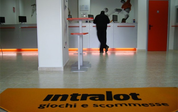 Intralot signs EUR200 million loan