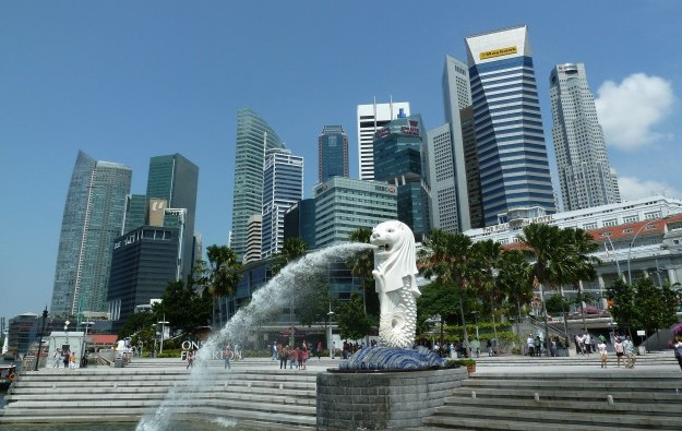 Chinese visitors to Singapore fall 14 pct in 1Q