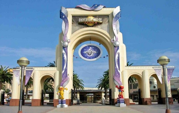 Universal Studios Japan may bid for casino: report