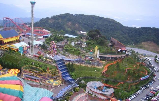 Genting Malaysia issuing US$1.58 bln in mid-term notes