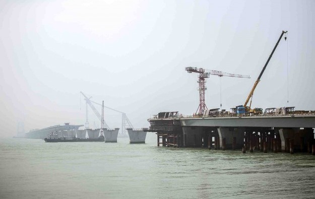 HK govt shifts terms on super bridge 'completion'