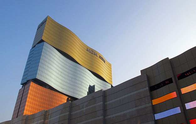 MGM China operating profit down almost 50 pct in 3Q