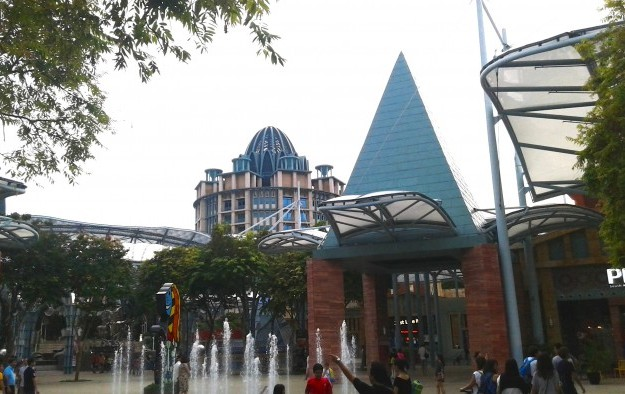 RWS visitors up but their daily spending down: Daiwa