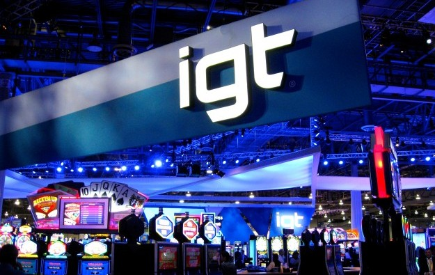 IGT's net income slips 9 pct in fiscal 2014