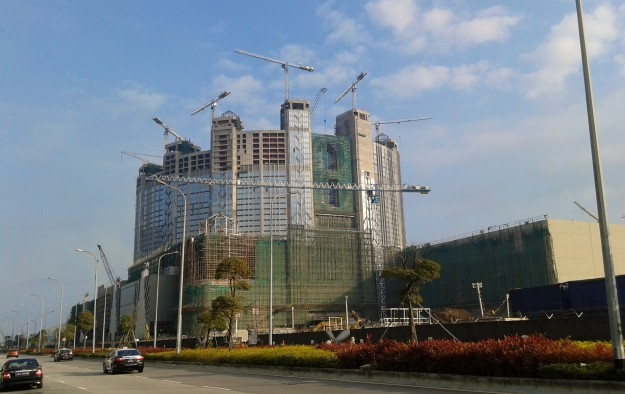 Market frets on new Cotai tables, money they can bring