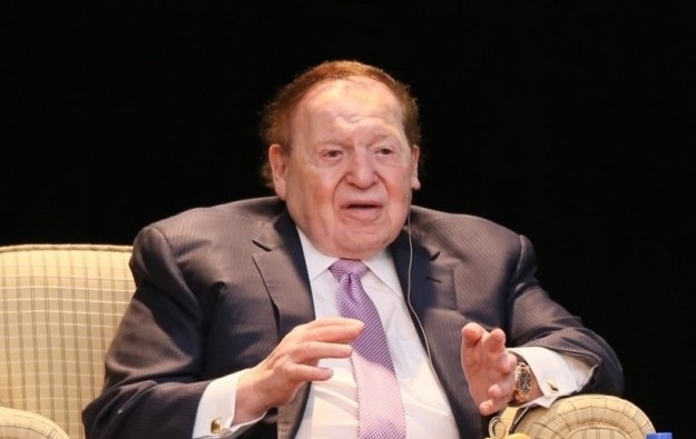 Adelson more than doubles 2017 pay on LVS EBITDA hike