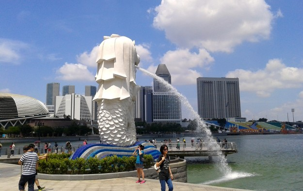 Mainland China visitors to Singapore up 55 pct in 1H