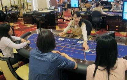 Galaxy says smoking ban, Apac casinos hurt its 1Q in Macau
