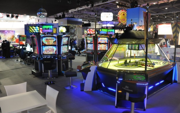 Alfastreet branches to slots, showing them at G2E