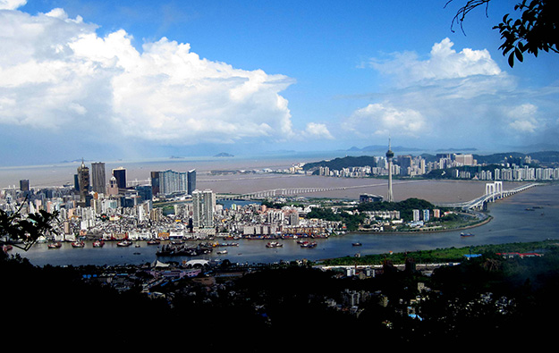 Macau govt gaming tax revenue up 11 pct yr-on-yr in Jan-Apr