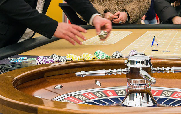 Cambodian govt, industry discuss new casino bill: report